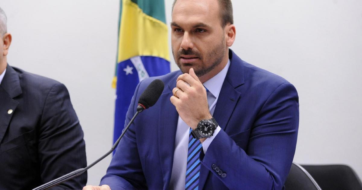 Eduardo Bolsonaro faz acusação contra Sergio Moro: 'era espião'