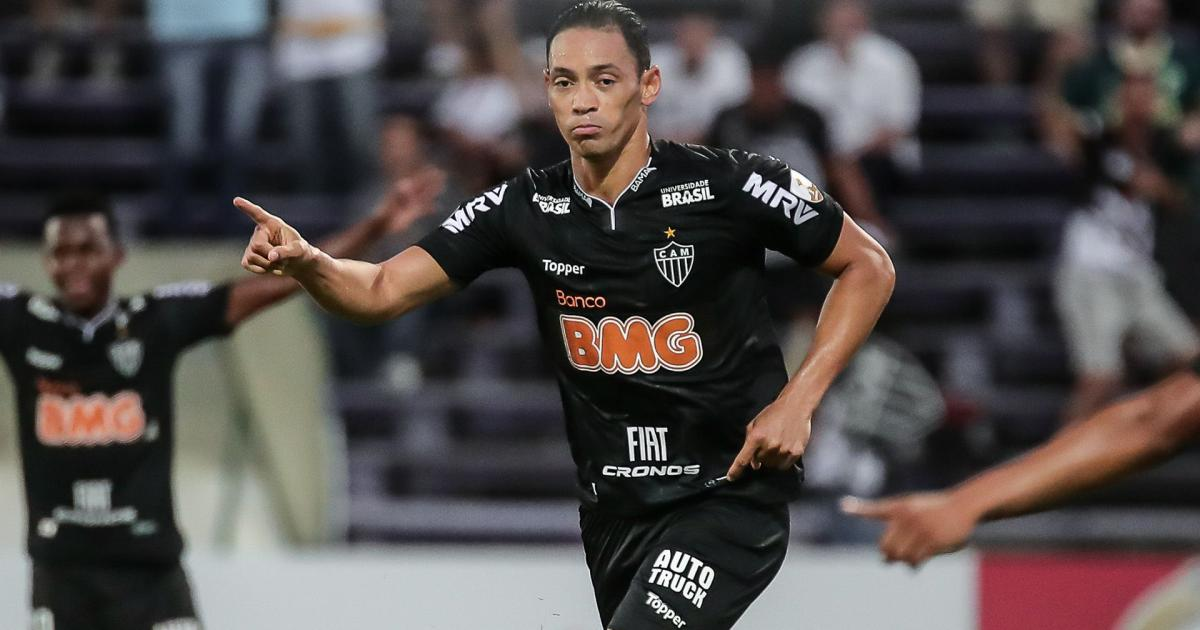 Seis jogadores não são chamados para fazer exames e devem deixar o Atlético MG