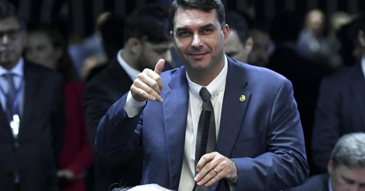 MPF irá apurar denúncia de Paulo Marinho feita contra Flávio Bolsonaro