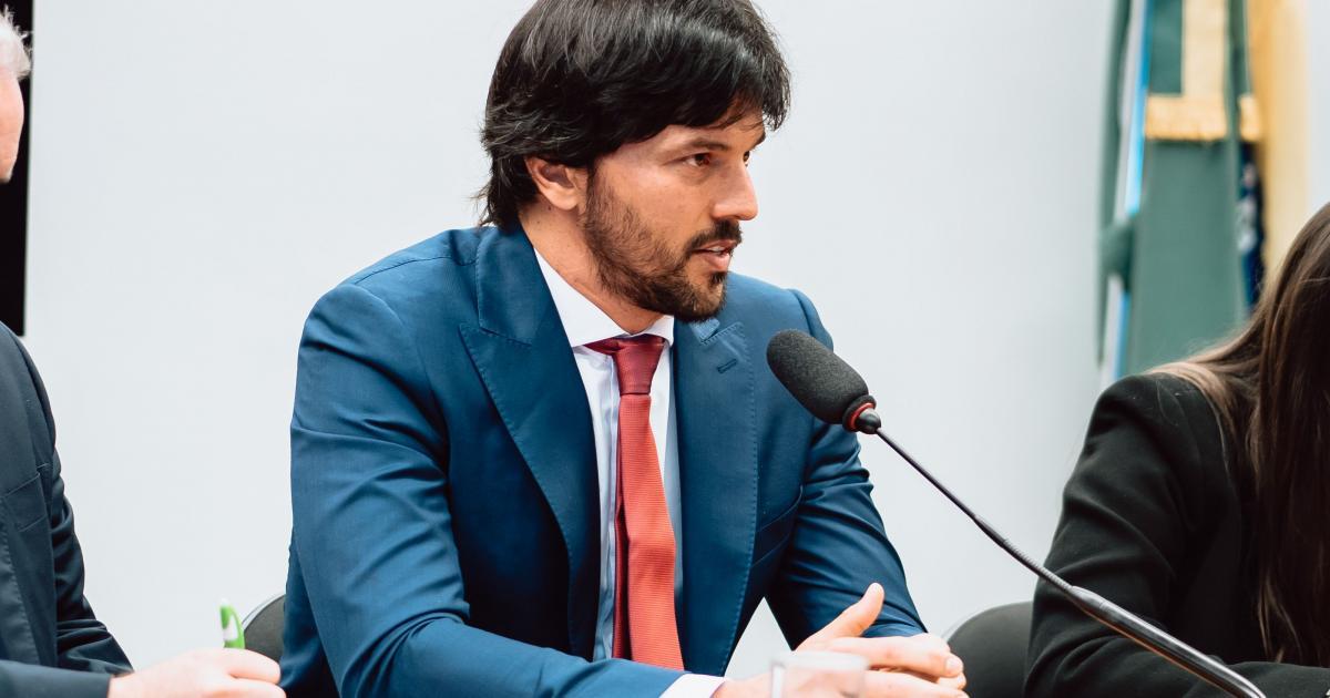 Fábio Faria, marido de Patricia Abravanel, vai assumir o Ministério das Comunicações