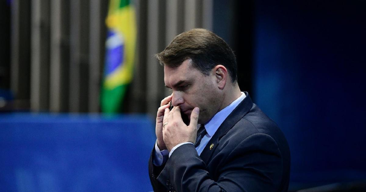 Investigação atinge Luis Gustavo Botto Maia, outro advogado de Flávio Bolsonaro