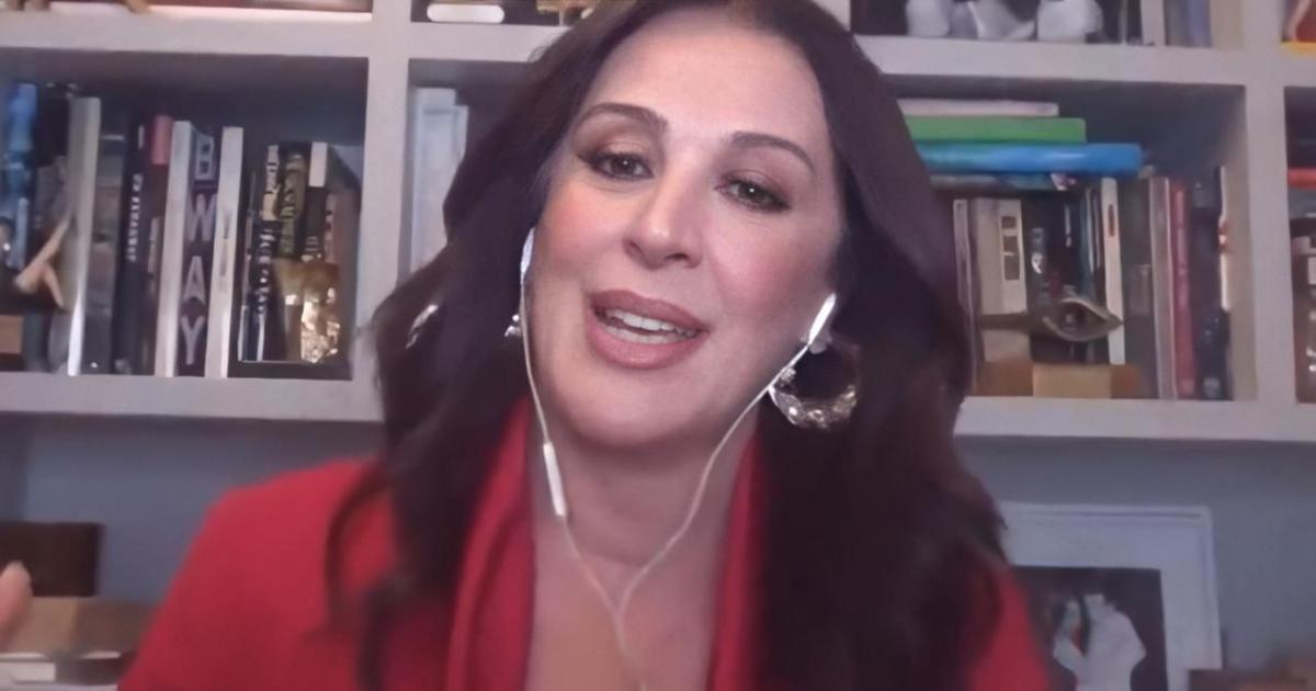 Claudia Raia fala sobre relação íntima na quarentena: 'aqui em casa está movimentado'