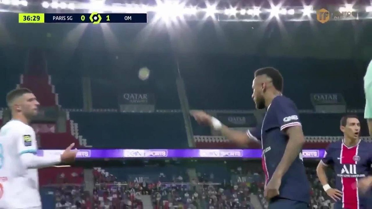 PSG emite nota de apoio a Neymar e cobra liga após acusação de racismo em clássico