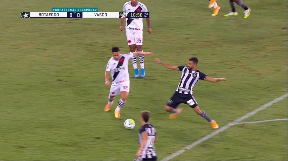 """Autuori vê Botafogo com atitude diante do Vasco: """"Equipe tem jogado para ganhar"""""""