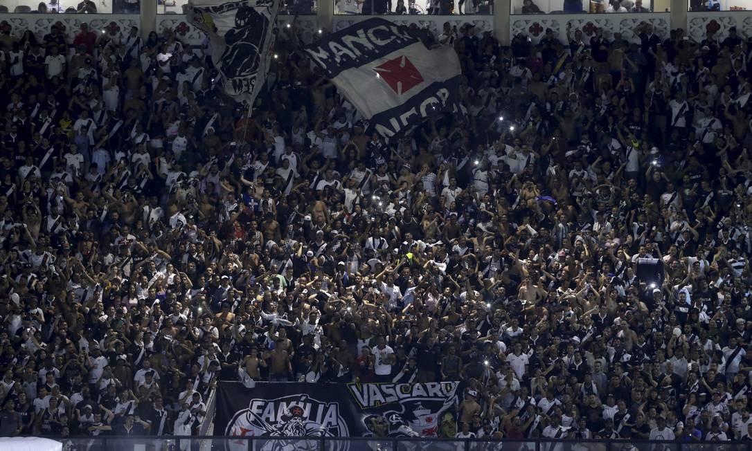 Vasco se junta a Corinthians em crítica à volta do público no Rio; CBF ainda não se posicionou
