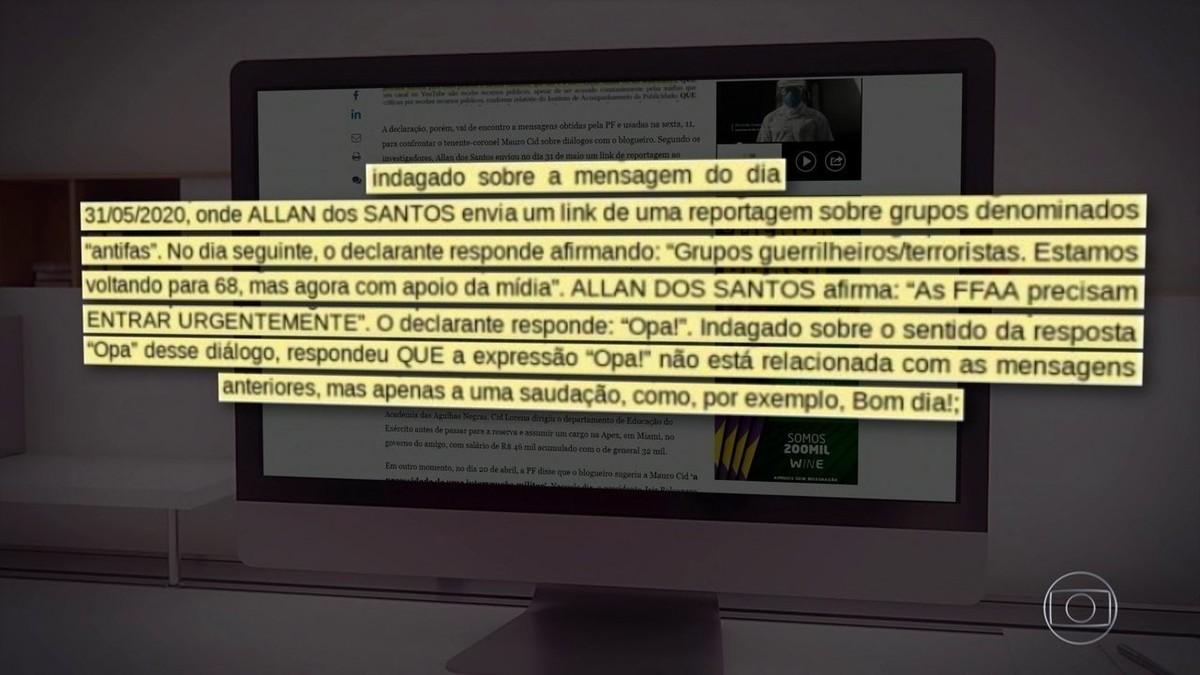 PF encontra mensagens de blogueiro a ajudante de ordens de Bolsonaro em investigação sobre atos antidemocráticos