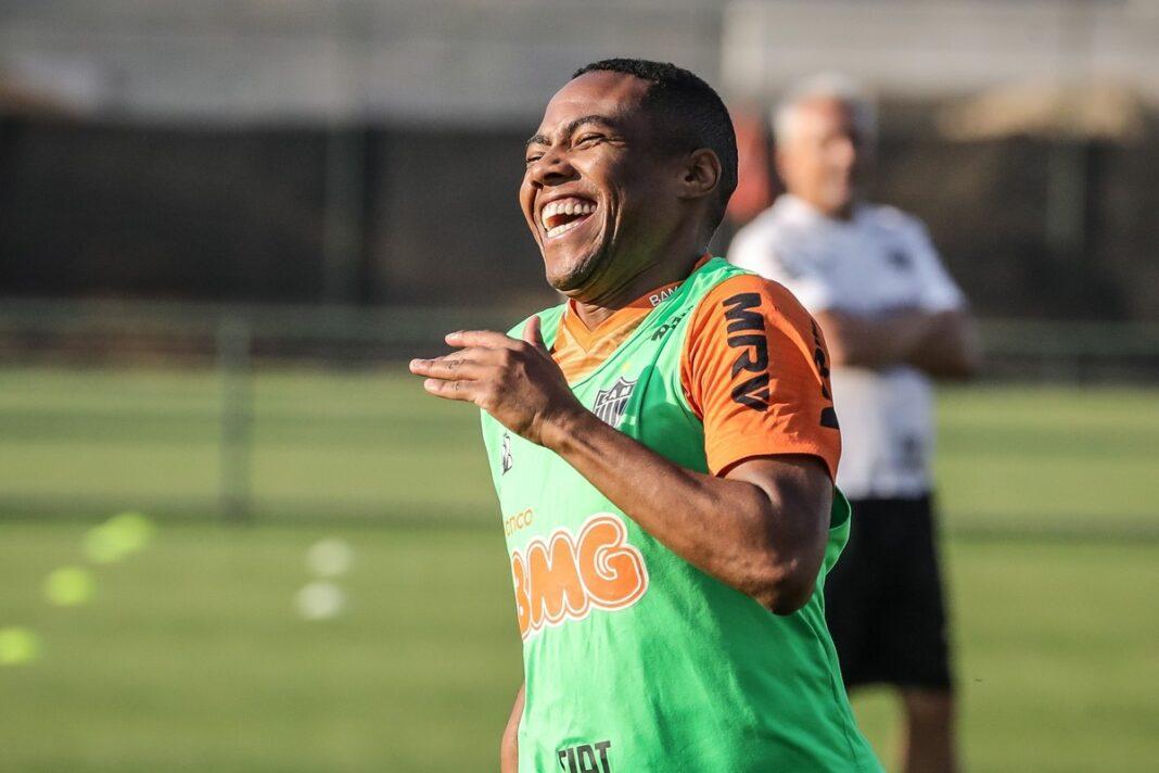 Bahia anuncia contratação do meia Elias, ex-Corinthians