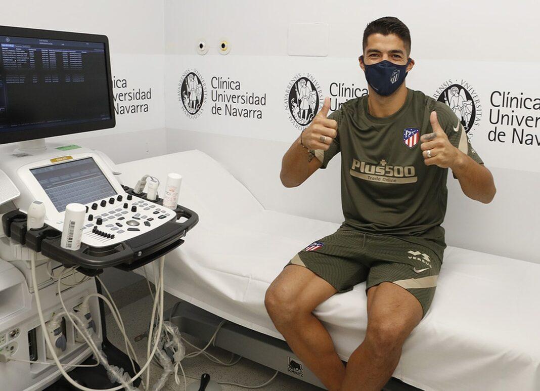 Suárez é aprovado em exames e assina por dois anos com o Atlético de Madrid