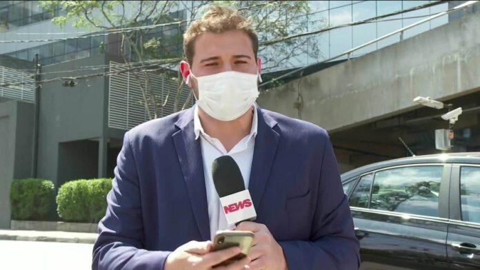 Bolsonaro tem alta de hospital em SP um dia após retirar cálculo da bexiga, diz presidência