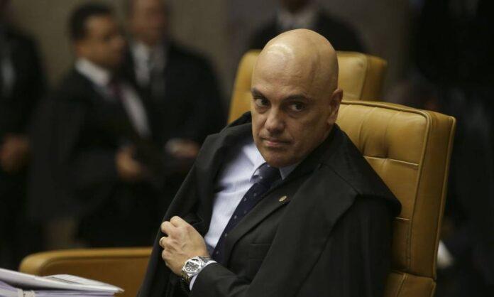 Correção: Alexandre de Moraes não está com Covid