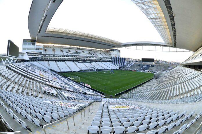 Corinthians vai à Justiça para não pagar meia-entrada e pede ressarcimento do Governo